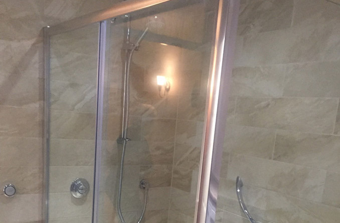 Peterborough Oundle Road Shower Room